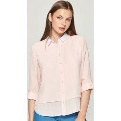 Koszula z białym kołnierzem - Różowy. Czerwone koszule damskie marki Sinsay, l. W wyprzedaży za 29,99 zł.