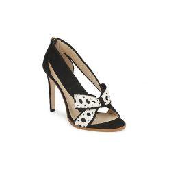 Czółenka Moschino  DELOS ESCA. Czarne buty ślubne damskie MOSCHINO. Za 2271,20 zł.