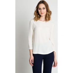 Oryginalna bluzka w kolorze ecru BIALCON. Czarne bluzki damskie BIALCON, z tkaniny, eleganckie, z klasycznym kołnierzykiem. W wyprzedaży za 130,00 zł.