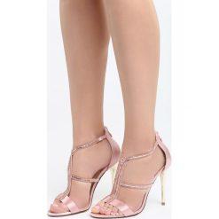 Różowe Sandały Training. Czerwone sandały trekkingowe damskie marki Born2be, z materiału, na wysokim obcasie, na obcasie. Za 99,99 zł.