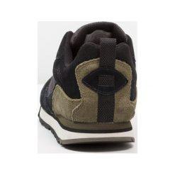 Merrell BURNT ROCK TURA Obuwie do biegania Turystyka black/dusty olive. Czarne buty do biegania męskie Merrell, z materiału. Za 419,00 zł.