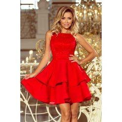 JENNIFER podwójnie rozkloszowana sukienka z koronkową górą - CZERWONA. Czerwone sukienki hiszpanki numoco, s, w koronkowe wzory, z koronki, rozkloszowane. Za 209,99 zł.
