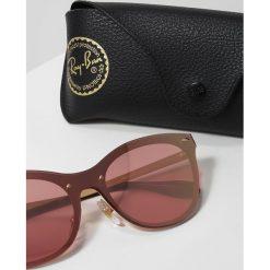 RayBan Okulary przeciwsłoneczne pink. Czerwone okulary przeciwsłoneczne damskie aviatory Ray-Ban. Za 659,00 zł.