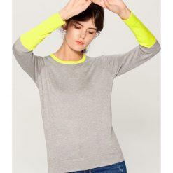 Sweter w bloki kolorów - Szary. Szare swetry klasyczne damskie marki FOUGANZA, z bawełny. Za 69,99 zł.