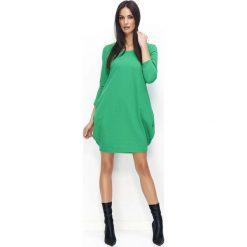 Zielona Dresowa Mini Sukienka Bombka. Zielone sukienki dresowe Molly.pl, na co dzień, l, sportowe, mini, bombki. Za 104,90 zł.