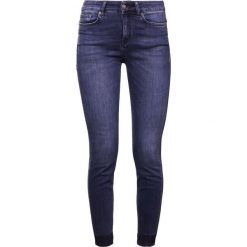 DRYKORN NEED Jeans Skinny Fit dark denim. Niebieskie boyfriendy damskie DRYKORN, z bawełny. W wyprzedaży za 382,85 zł.