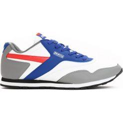 Białe Buty Sportowe Horcrux. Białe buty skate męskie Born2be, na sznurówki. Za 79,99 zł.