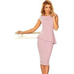 Różowa Elegancka Ołówkowa Sukienka Midi z Asymetryczną Baskinką. Czerwone sukienki asymetryczne Molly.pl, na imprezę, l, eleganckie, z asymetrycznym kołnierzem, midi. Za 153,90 zł.