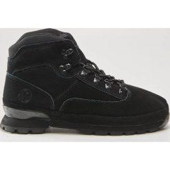 Skórzane buty trekkingowe - Czarny. Czarne buty trekkingowe damskie House. W wyprzedaży za 189,99 zł.