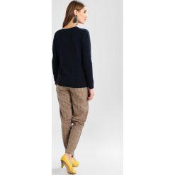 Swetry klasyczne damskie: Rosemunde Sweter dark navy melange
