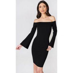 NA-KD Party Sukienka z odkrytymi ramionami - Black. Niebieskie sukienki na komunię marki Reserved, z odkrytymi ramionami. Za 161,95 zł.