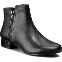 Botki VAGABOND - Sue 4205-201-20 Black. Czarne buty zimowe damskie marki Vagabond, z materiału, na obcasie. W wyprzedaży za 269,00 zł.