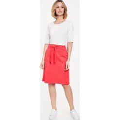 Spódniczki: Rozszerzana spódnica z paskiem do wiązania