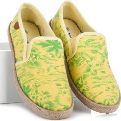 SHANTA espadryle hawaii żółte. Żółte espadryle damskie marki Born2be, moro, na płaskiej podeszwie. Za 49,90 zł.