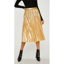 Answear - Spódnica. Szare spódniczki dzianinowe marki ANSWEAR, l, z podwyższonym stanem, midi, rozkloszowane. W wyprzedaży za 89,90 zł.