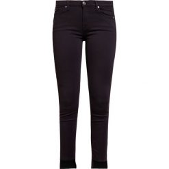 7 for all mankind THE SKINNY CROP  Jeans Skinny Fit slim illusion rinsed black. Czarne jeansy damskie 7 for all mankind. W wyprzedaży za 587,30 zł.