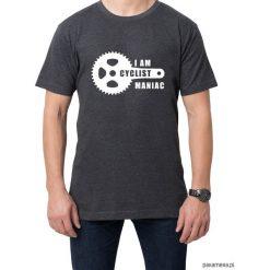 Koszulka T-SHIRT Maniac. Czarne t-shirty męskie z nadrukiem Pakamera, m. Za 75,00 zł.