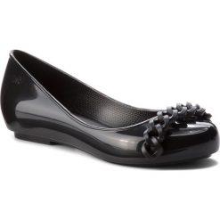 Baleriny ZAXY - New Pop Chain Fem 82537 Black 01003 BB285024 02064. Czarne baleriny damskie marki Zaxy, z tworzywa sztucznego. W wyprzedaży za 149,00 zł.