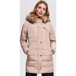 Płaszcz z naturalnym puchem - Beżowy. Brązowe płaszcze damskie pastelowe Reserved, z puchu. Za 399,99 zł.