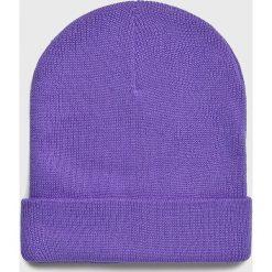 Haily's - Czapka. Fioletowe czapki zimowe damskie Haily's, na zimę, z dzianiny. W wyprzedaży za 14,90 zł.