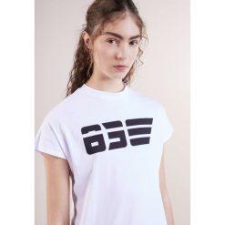 T-shirty damskie: Won Hundred PROOF Tshirt z nadrukiem white