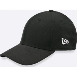 New Era - Czapka. Czarne czapki z daszkiem męskie New Era, z bawełny. W wyprzedaży za 69,90 zł.