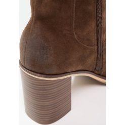 Anna Field Kozaki tobacco. Brązowe buty zimowe damskie marki Anna Field, z materiału. W wyprzedaży za 199,20 zł.