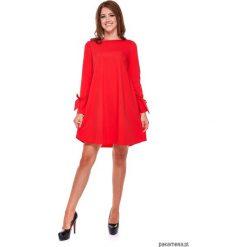 LATORI - Sukienka damska trapezowa LM19/4. Różowe sukienki mini marki numoco, l, z dekoltem w łódkę, oversize. Za 119,00 zł.