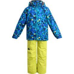 Color Kids RIKKI SKI SET Kurtka snowboardowa deep lagoon. Czerwone kurtki chłopięce sportowe marki Color Kids, z materiału. W wyprzedaży za 377,40 zł.