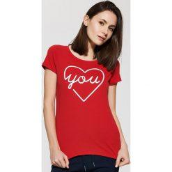 Koszulka piżamowa z nadrukiem - Czerwony. Czerwone koszule nocne i halki marki House, l, z motywem z bajki. W wyprzedaży za 9,99 zł.