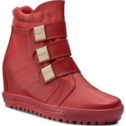 Sneakersy EKSBUT - 66-4319-G71-1G Czerwony. Czerwone sneakersy damskie Eksbut, z materiału. W wyprzedaży za 239,00 zł.