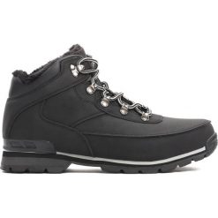 Czarne Traperki Cold Front. Czarne buty zimowe chłopięce Born2be, z materiału, z okrągłym noskiem, na sznurówki. Za 74,99 zł.
