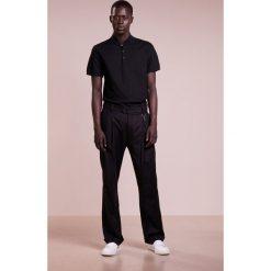 J.LINDEBERG LEO LUX  Tshirt z nadrukiem black. Szare koszulki polo J.LINDEBERG, m, z nadrukiem, z bawełny. Za 379,00 zł.