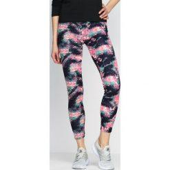Spodnie damskie: Różowe Legginsy Active Galaxy