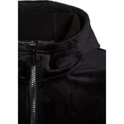 Bench GIRLS HOODY Kurtka z polaru black. Czarne kurtki chłopięce marki bonprix. W wyprzedaży za 149,40 zł.