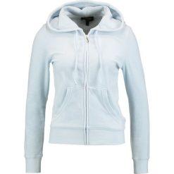 Juicy Couture ROBERTSON  Bluza rozpinana crystal clear. Niebieskie bluzy rozpinane damskie Juicy Couture, xl, z bawełny. W wyprzedaży za 370,30 zł.