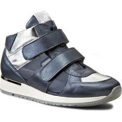Sneakersy KARINO - 1652/149-P Niebieski Srebrny. Niebieskie sneakersy damskie Karino, z materiału. W wyprzedaży za 219,00 zł.