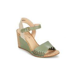 Sandały Clarks  SPICED POPPY. Zielone sandały damskie Clarks. Za 351,20 zł.