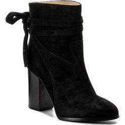 Botki BOSS - Rachel 50376666 10199370 01 Black 001. Czarne buty zimowe damskie Boss, ze skóry, na obcasie. W wyprzedaży za 949,00 zł.