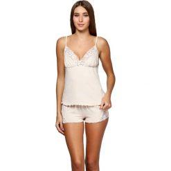 Piżamy damskie: Piżama w kolorze beżowym - koszulka, spodenki