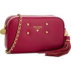 Torebka GUESS - HWBONI L8114 WIN. Czerwone torebki klasyczne damskie marki Guess, z aplikacjami, ze skóry. W wyprzedaży za 579,00 zł.