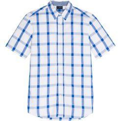 Koszula z krótkim rękawem w kratę Regular Fit bonprix lodowy niebieski - biały w kratę. Białe koszule męskie marki bonprix, z klasycznym kołnierzykiem, z długim rękawem. Za 54,99 zł.