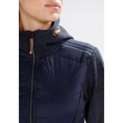 Icepeak TULIA Kurtka Softshell dark blue. Niebieskie kurtki sportowe damskie Icepeak, z bawełny. W wyprzedaży za 265,30 zł.