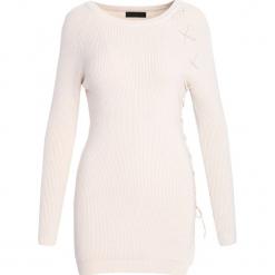 Kremowy Sweter Just Love. Białe swetry klasyczne damskie Born2be, na jesień, l. Za 69,99 zł.