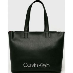 Calvin Klein - Torebka. Czarne torebki klasyczne damskie Calvin Klein, z materiału, duże. Za 579,90 zł.