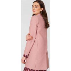 Samsoe & Samsoe Kurtka Inger - Pink. Różowe kurtki damskie Samsøe & Samsøe. W wyprzedaży za 469,98 zł.
