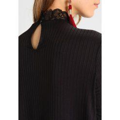 Sukienki hiszpanki: YAS YASBLACE SHAPED DRESS Sukienka letnia black