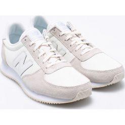 New Balance - Buty WL220TS. Szare buty sportowe damskie New Balance, z materiału. W wyprzedaży za 259,90 zł.