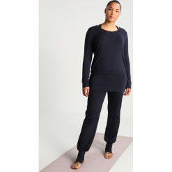 Bluzki damskie: YOGA CURVES Bluzka z długim rękawem midnigh blue