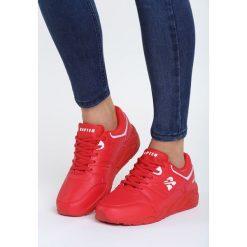 Czerwone Buty Sportowe Messing Around. Czerwone buty sportowe damskie marki KALENJI, z gumy. Za 99,99 zł.